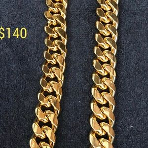 Other - MIAMI CUBAN LINK MENS CHAIN 18 MM WILL NOT FADE